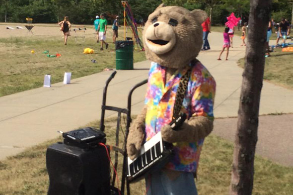 Keytar Bear at Tenean Beach