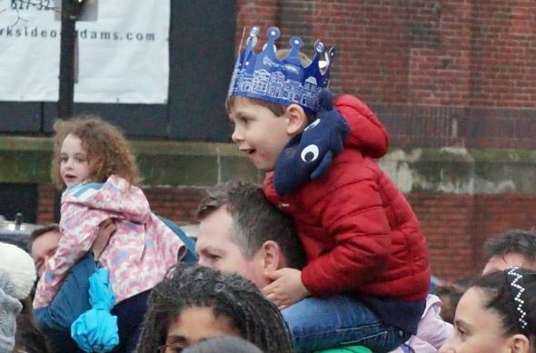 Kids spot Santa in Roslindale Square