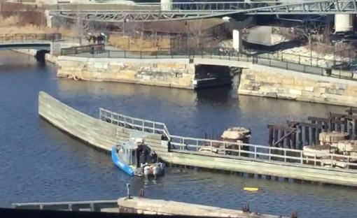 Dive boat in Charles River