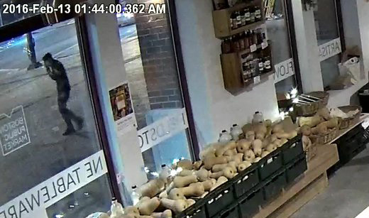 Surveillance photo of Zachary Marr