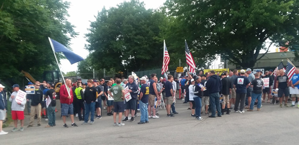 National Grid workers protest lockout in Dorchester