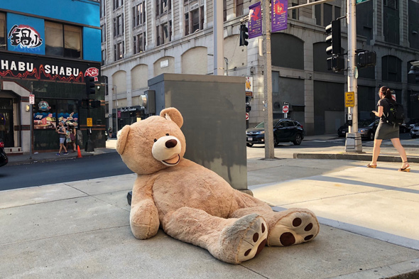 Unbearable heat in Chinatown