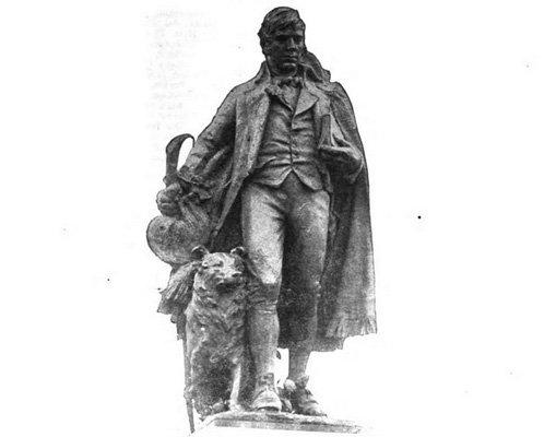 Burns statue in 1920