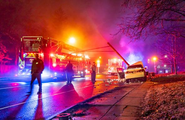 Single-car crash on Centre Street