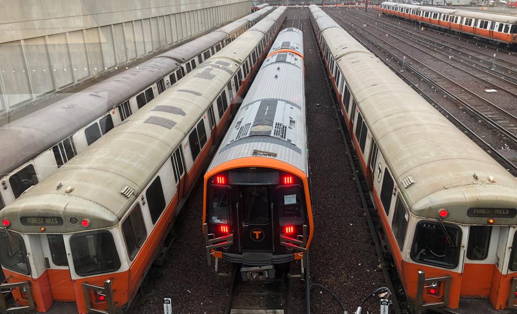 New Orange Line cars at Wellington