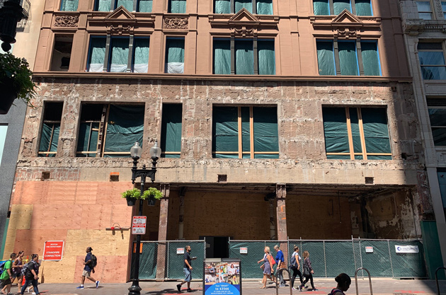 Old Barnes and Noble facade ripped off in Downtown Crossing