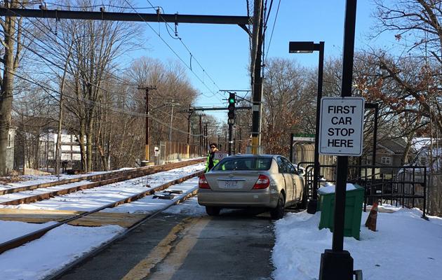 Car on Eliot platform on the Green Line