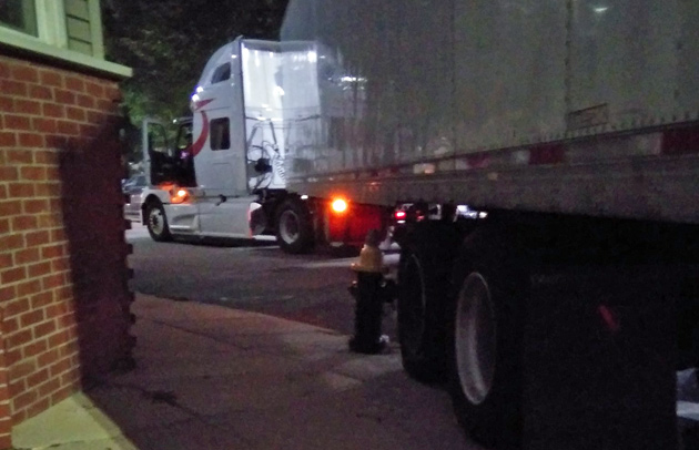Tractor trailer stuck at E. 2nd and M streets in South Boston