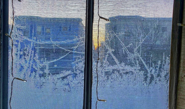 Ice on windows in Everett