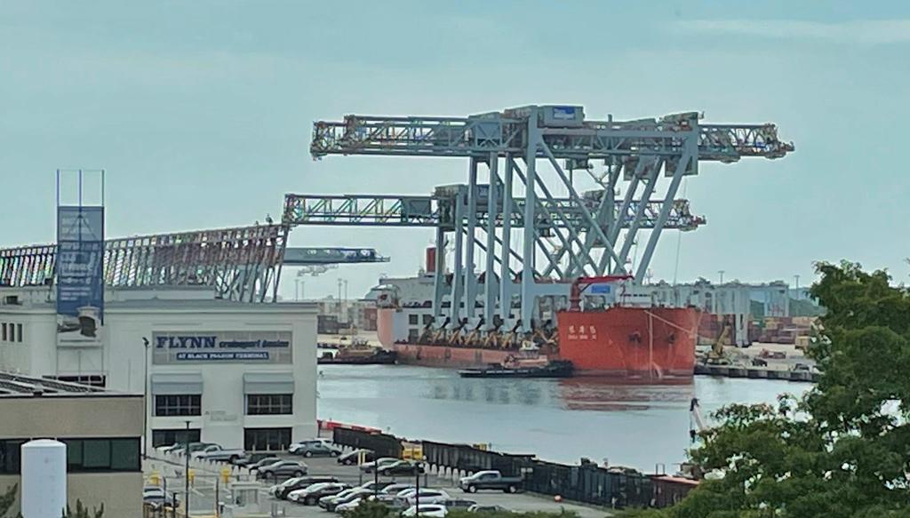Giant cranes in Boston