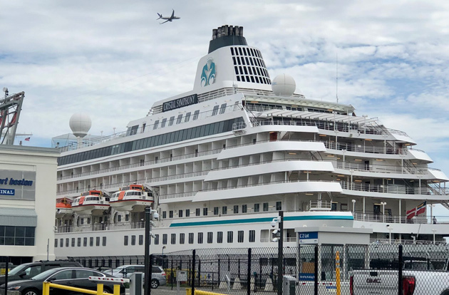 Big ship at Black Falcon Pier