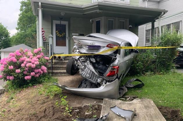 Car into house on Dana Avenue in Hyde Park