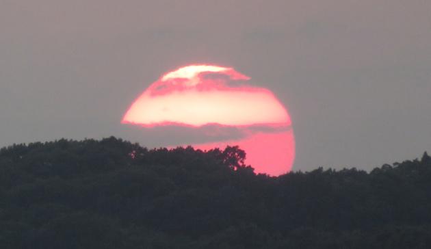 Dramatic sunset over Millennium Park