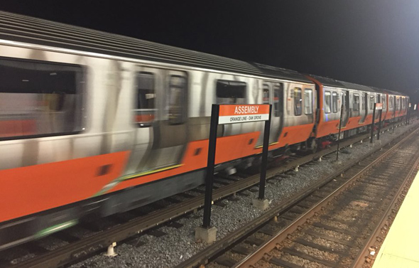 Longer Orange Line train