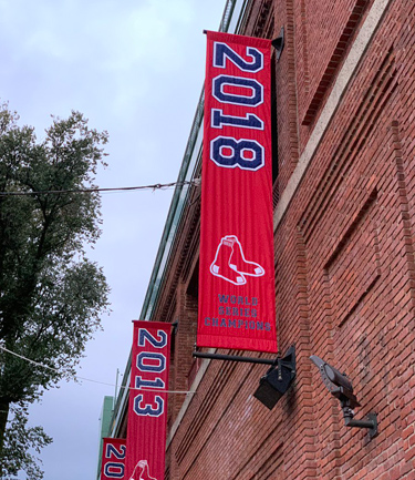 2018 World Series banner unfurled at Fenway Park