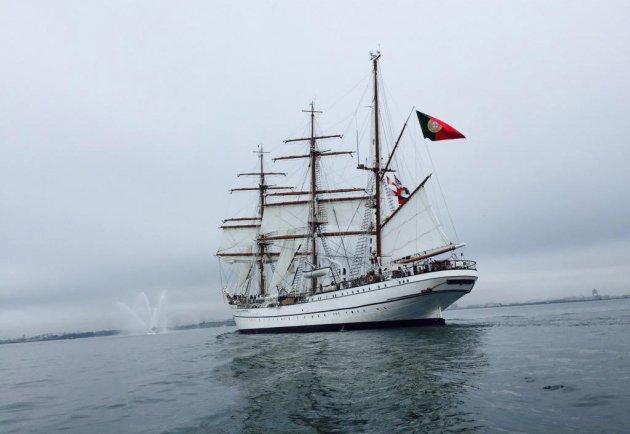 Sagres enters Boston Harbor