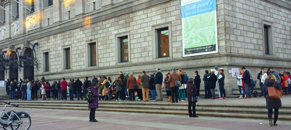 Line to vote in Copley Square