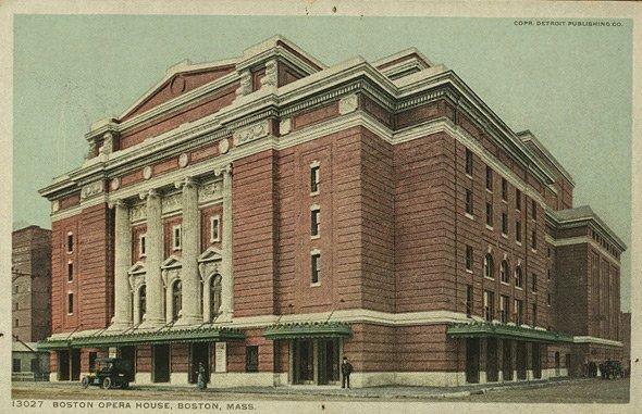 Boston Opera House on Huntington Avenue