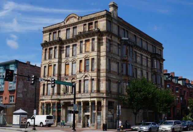 Old Hotel Alexandra