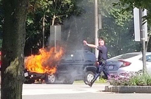 Flaming SUV in Cambridge