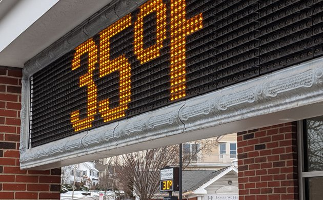 Different temperatures on different sides of Centre Street