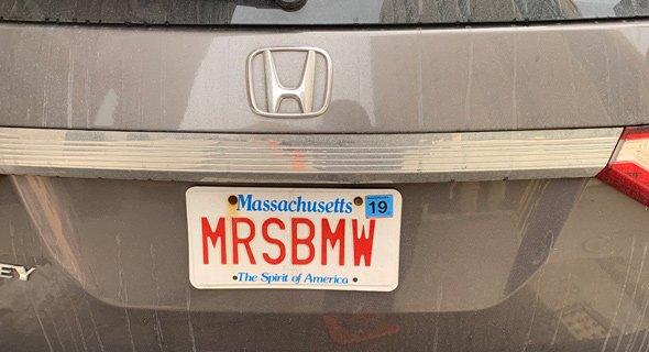 License plate reading MRSBMW on a Honda Odyssey