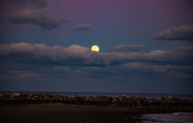 Full moon over Winthrop beach