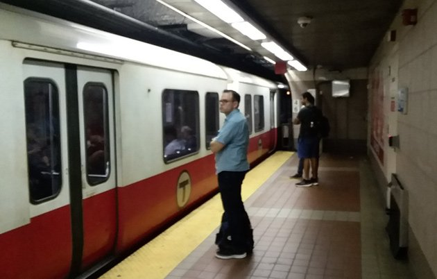Dead Red Line train stuck at station