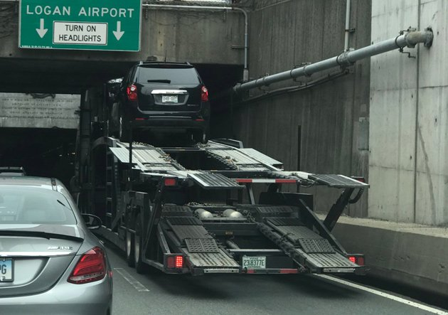 Stuck truck at entrance to Callahan Tunnel