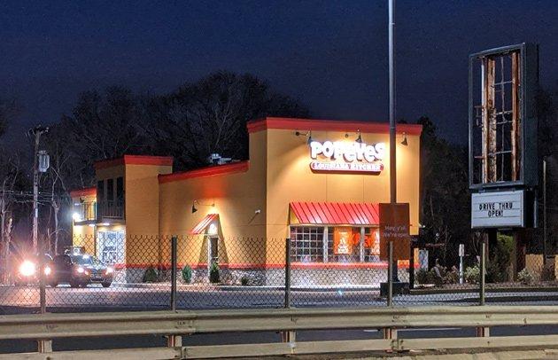 New Popeyes now open in West Roxbury