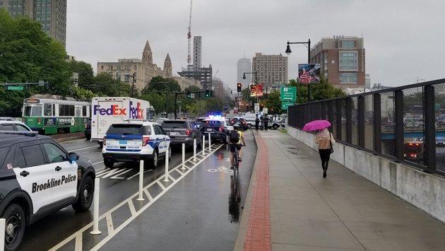 Emergency responders astatine  bridge