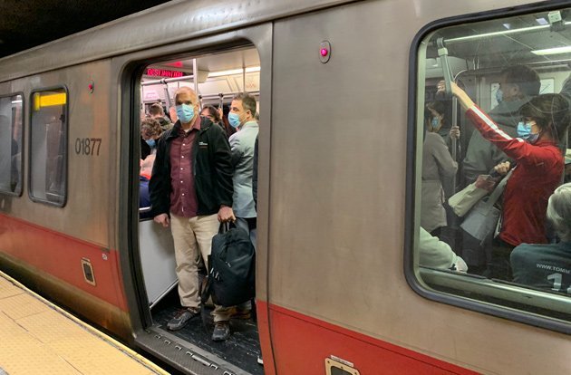 Overpacked Red Line train this morning