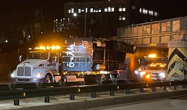 Storrowed pizza truck at the BU Bridge