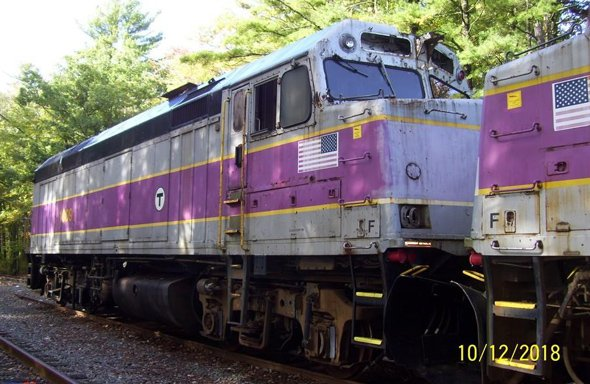 Old MBTA locomotive ready for destruction