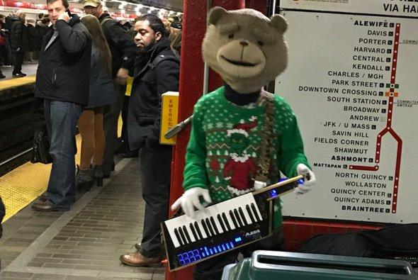 Keytar Bear in the subway