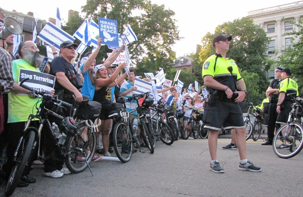 Protest: bicycle cops