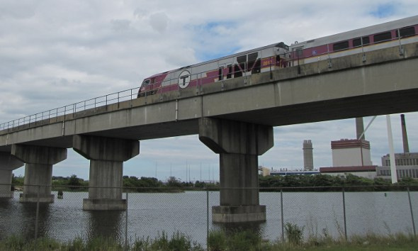 Train crosses the Mystic River