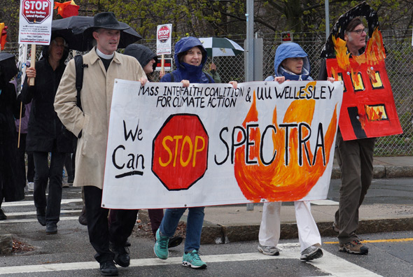 Marchers against Spectra plant