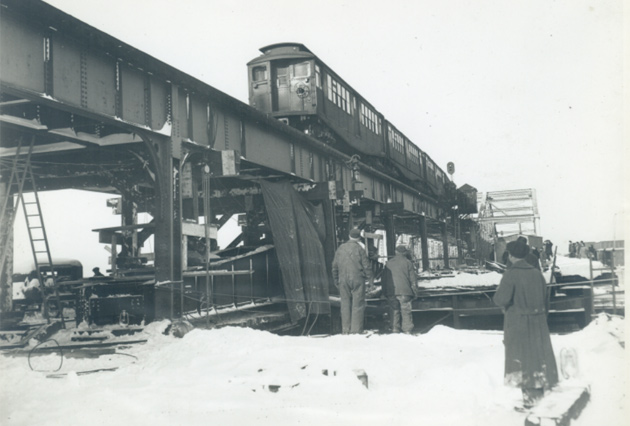 Train crossing the Charlestown Bridge