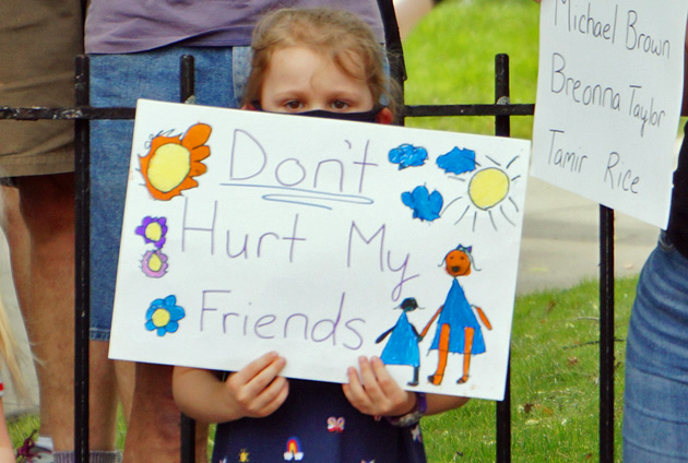 Sign: Don't hurt my friends