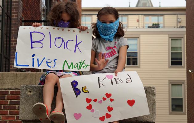 Sign: Be Kind