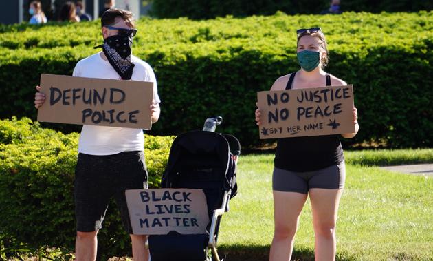 Sign: Defund police