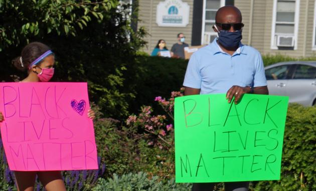 Sign: Black lives matter